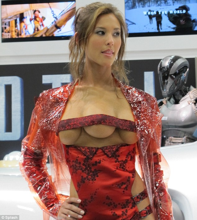 3 Breasted Woman From New Total Recall aka Kaitlyn Leeb (4)