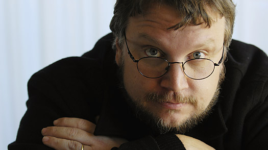 Guillermo del Toro adapting his Strain viral vamp novels for TV